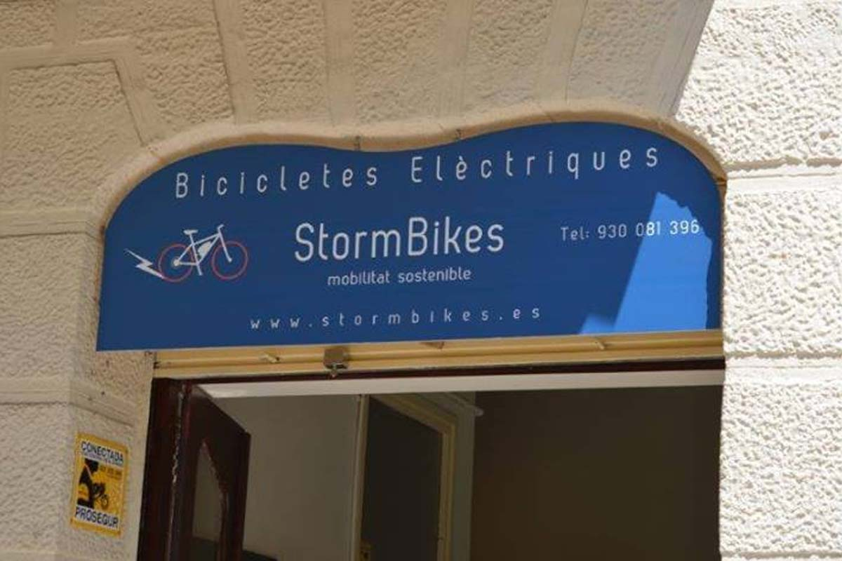 Stromrad Stuttgart und Stormbike e-Bike Pedelec City-Shop Barcelona Spain